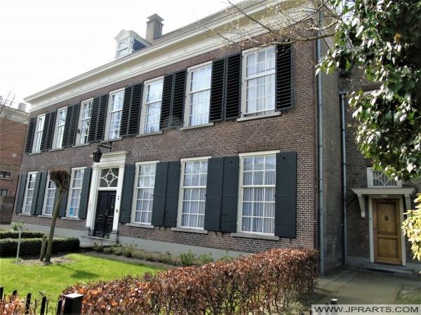 19e eeuws herenhuis in Tilburg, Nederland