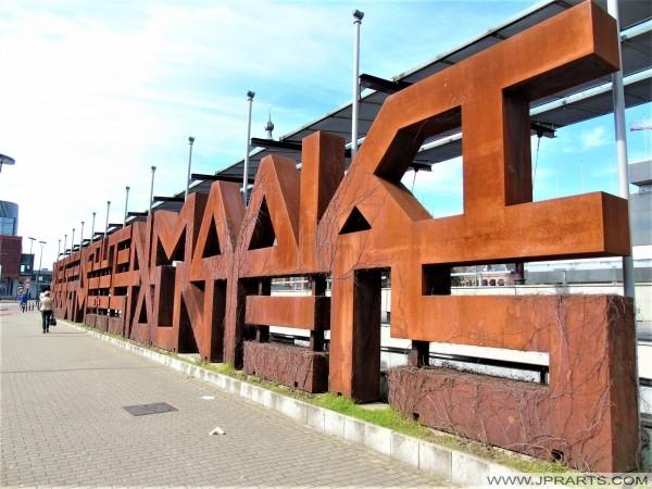 De Maawmuur in Tilburg, Nederland