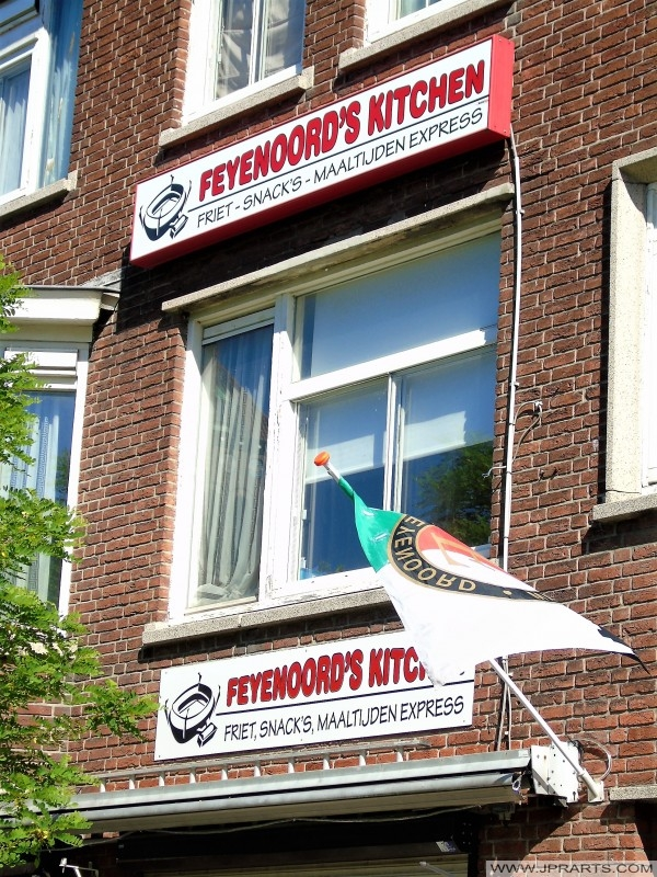 Snackbar Feyenoord in Rotterdam, Nederland
