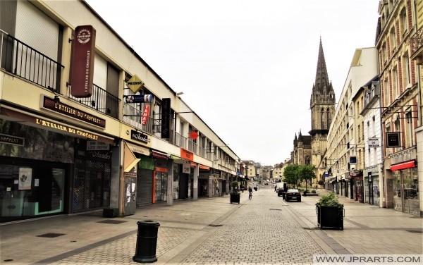 Faire du Shopping à Caen, France