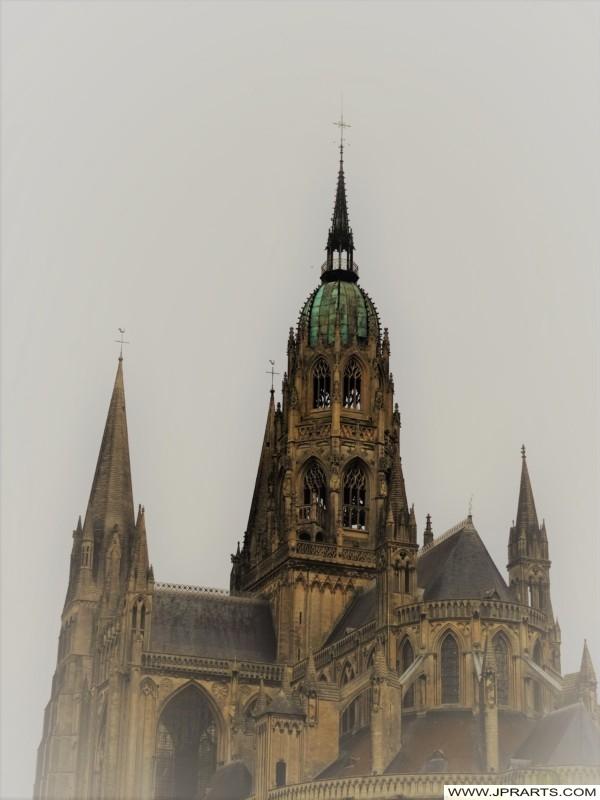 Cathédrale Gothique à Bayeux, France