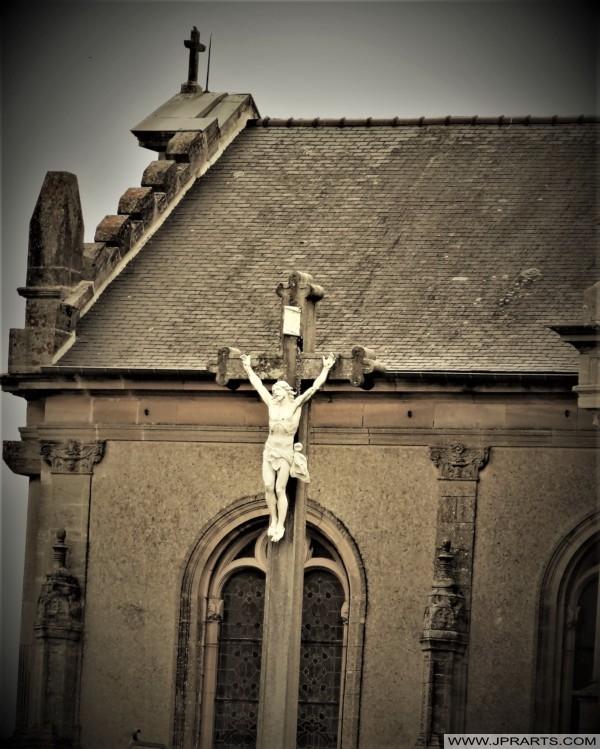 Jésus sur la Croix (Bayeux, France)