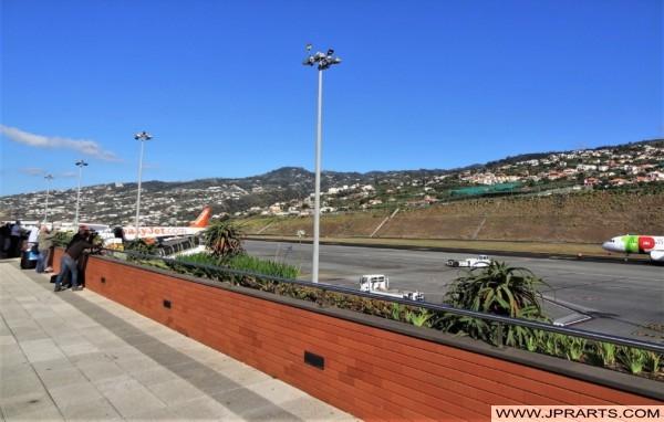 Observar Aviões no Aeroporto da Madeira