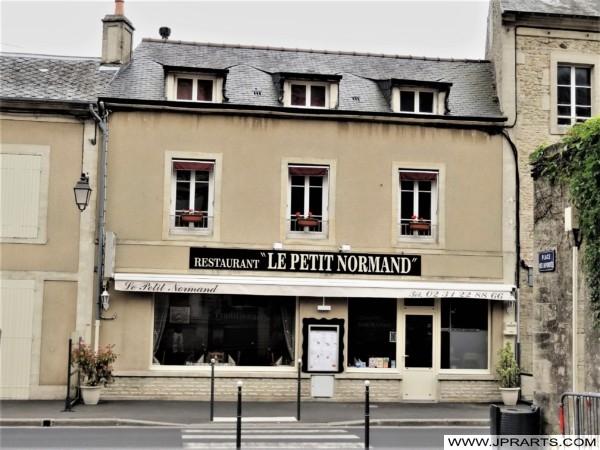 Restaurant Le Petit Normand à Bayeux, France