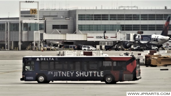 Jitney Shuttle at Kennedy Airport (New York, USA)