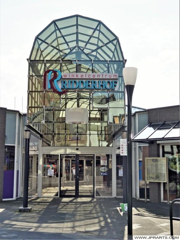 Winkelcentrum Ridderhof in Ridderkerk, Nederland