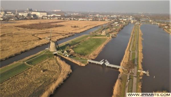 Kinderdijk und die Windmühlen in den Niederlanden