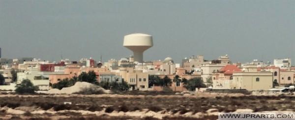 برج الماء في المشهد البحريني